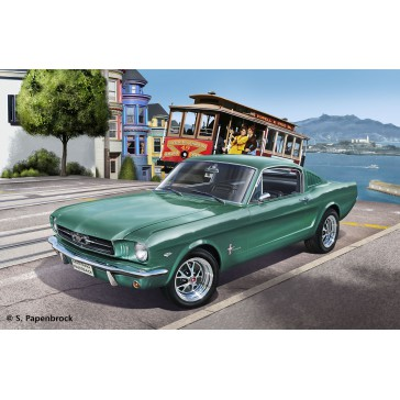 1965 Ford Mustang 2+2 Fastback 1:24