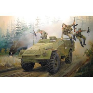 Russian BTR-40 APC 1/35