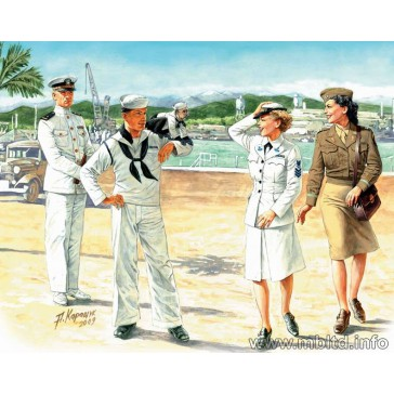 Women at War: US Navy Waves 1/35