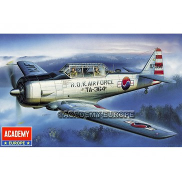 AT-6 TEXAN 1/72
