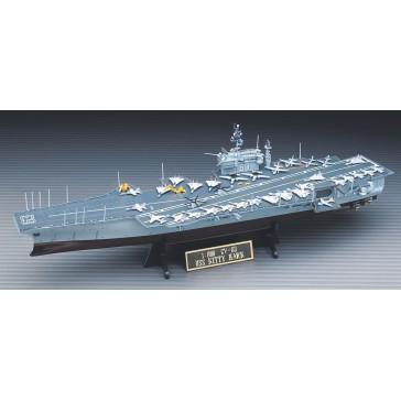 USS KITTY HAWK 1/800