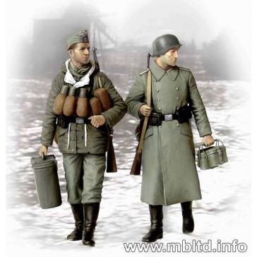 """""""Supplies German Soldiers 1/35"""