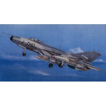 CHINESE F-7MG 1/32