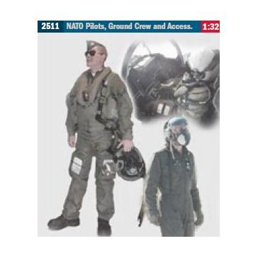 NATO PILOTS, CREW AND ACCESSORIES 1:32 *