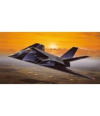 F-117A NIGHTHAWK 1:48 *