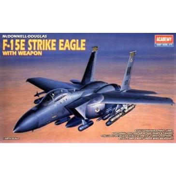 F-15E EAGLE With BOMBS 1/48