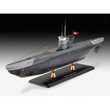 German Submarine Type IIB (1943) 1:144
