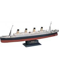 RMS Titanic 1:570