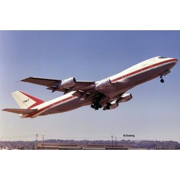 """Coffret cadeau Boeing 747-100 """"5 1:144"""