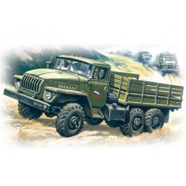 ICM Ural 4320 Soviet Truck 1/72