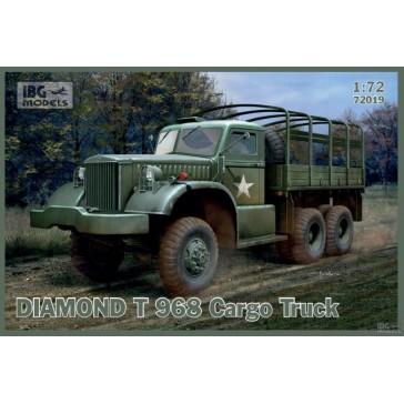 Diamond T968/968A Cargo Truck 1/72